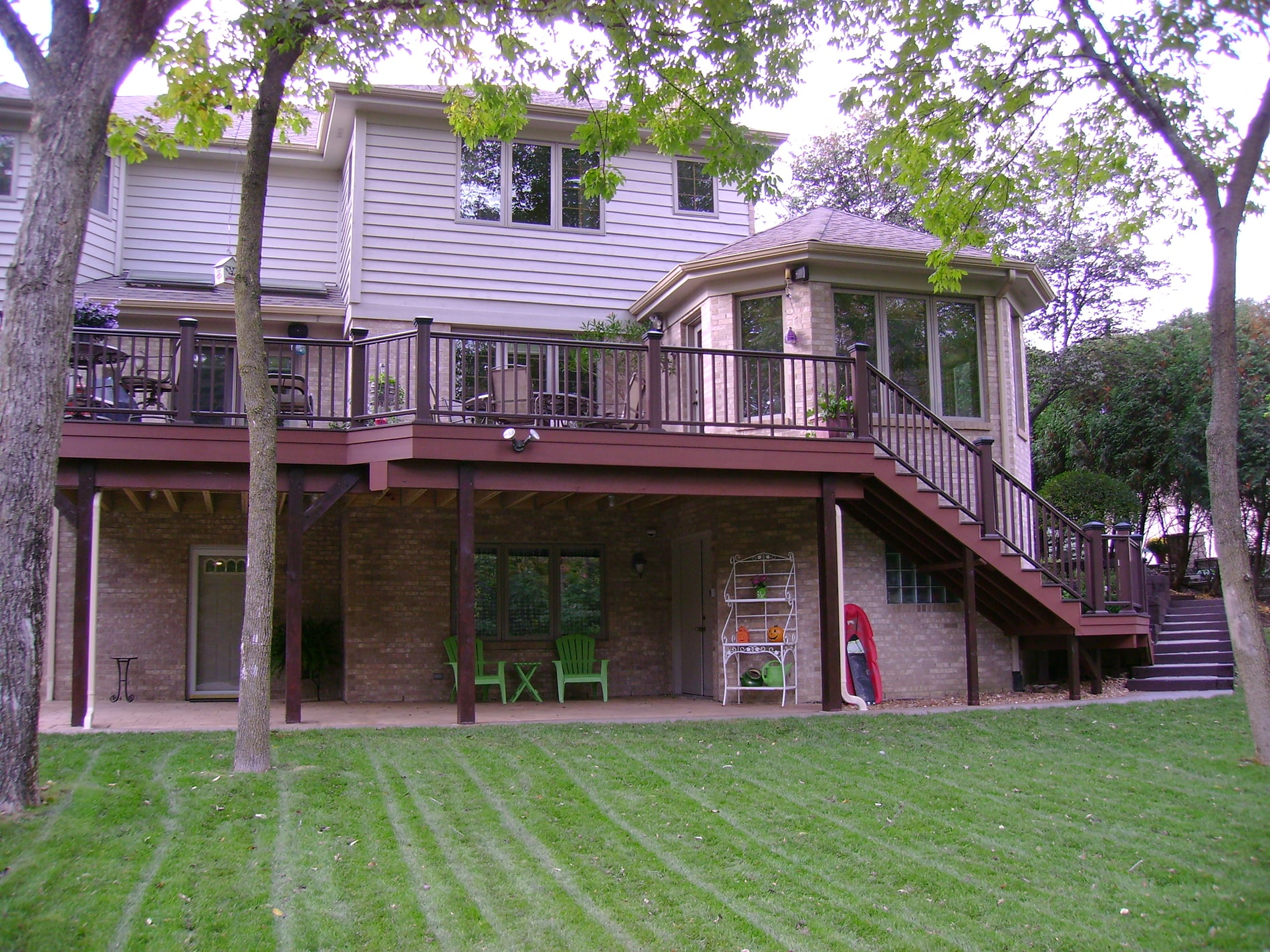 elevated composite deck install