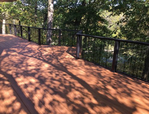 Large deck with wire metal rails